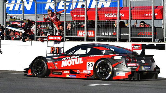 Super GT Japonês: Tsugio Matsuda/Ronnie Quintarelli são os campeões de 2014