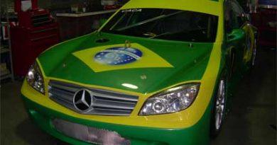 TRV6: Cacá Bueno corre em Interlagos