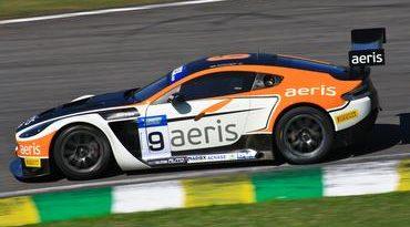 Top Series: Estreia com vitória do Aston Martin Vantage V12