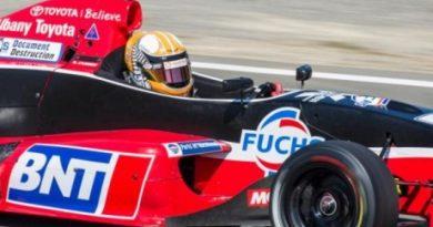 Toyota Racing Series: Nick Cassidy é bi-campeão