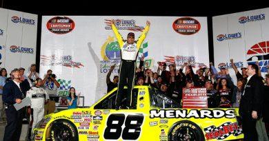 Truck Series: Depois de 178 provas, Matt Crafton vence pela primeira vez