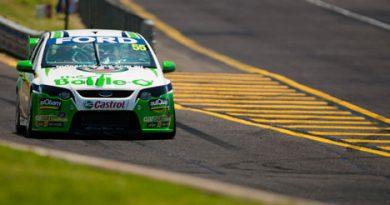 V8 SuperCars Australia: Paul Dumbrell e James Courtney vencem no Sandown Raceway