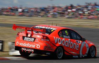 V8 SuperCars Australia: Will Davison e Jamie Whincup vencem em Symmons Plains