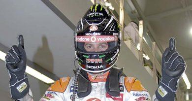 V8 SuperCars Australia: Jamie Whincup vence as duas provas em Abu Dhabi