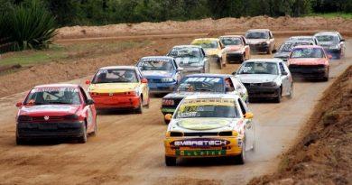 Velocidade na Terra: Sucesso absoluto na inauguração do Autódromo Schincariol
