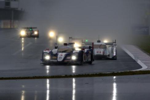 WEC: Toyota vence prova encurtada por temporal em Fuji