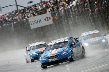 WTCC: Yvan Muller e Gabriele Tarquini vencem em Curitiba