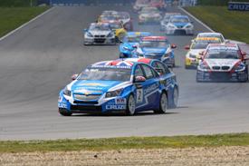 WTCC: Chevrolet vence as duas provas em Brno