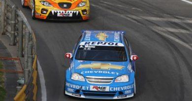 WTCC: Alain Menu é pole-position para prova decisiva em Macau