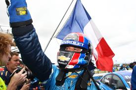 WTCC: Yvan Muller vence as duas provas em Donington Park