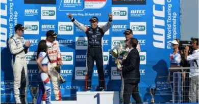 WTCC: Gabriele Tarquini e Tom Coronel vencem na Eslováquia