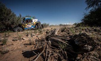 Rally Dakar: Brasileiros são campeões dos UTVs com o Can-Am Maverick X3