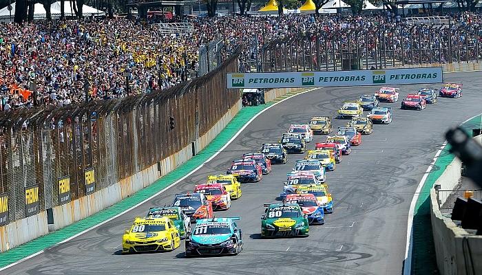 Stock Car: Corrida de Duplas da Stock Car tem meio grid da Fórmula 1