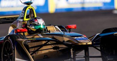 Fórmula-E: Jean-Eric Vergne vence em Santiago