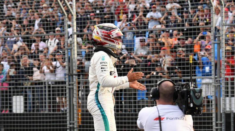 """F1: Red Bull reclama do """"modo festa"""" utilizado nos motores Mercedes"""