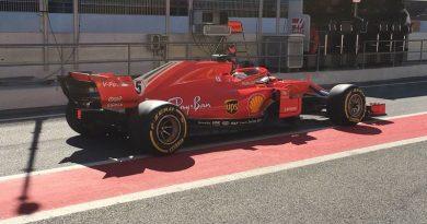 F1: Vettel coloca a Ferrari na frente na manhã em Barcelona