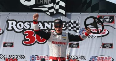 NASCAR XFINITY Series: Joey Logano domina prova no Auto Club Speedway
