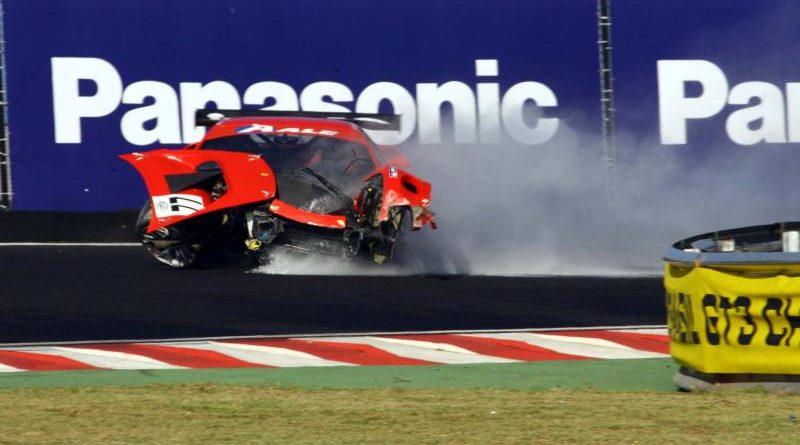 GT3 Brasil: Confira a sensacional seqüência da batida e Marcelo Fernandes