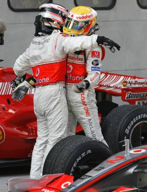 F1: Alonso e Hamilton consolidam retorno da McLaren