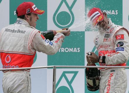 F1: McLaren diz não temer briga interna entre pilotos