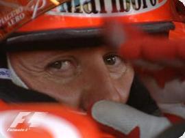 F1: 'Schumacher pode se aposentar este ano', diz Ecclestone