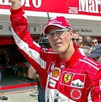 F1: Briatore diz que Schumacher fica na Ferrari até 2008