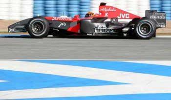 F1: Albers fica na Spyker e equipe espera definir motor