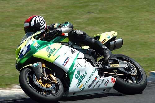 Motovelocidade: Brasileiro chega à metade da temporada 2006 em Curitiba