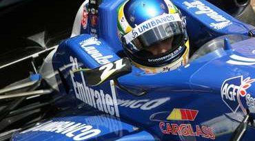 F3 Inglesa: Bruno Senna tem tarefa difícil em Snetterton