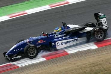 F3 Inglesa: Bruno Senna larga em 5° na primeira corrida em Spa