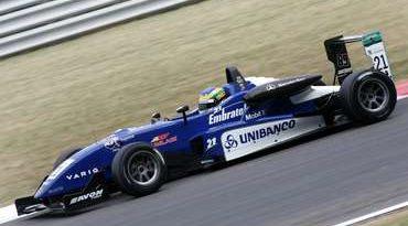 F3 Inglesa: Bruno Senna conquista pole em Silverstone