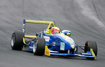 F3: Clemente Faria Jr. quer aproveitar rodada tripla para embolar o campeonato
