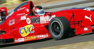 FRenault: Autódromo de interlagos esta cheio, apesar de jogo do Brasil