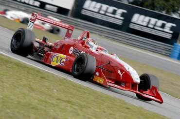 F3: Felipe Ferreira volta a correr na categoria