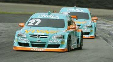 Stock: Losacco e Guto acertam os carros para a corrida de domingo