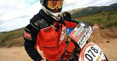 Rally dos Sertões: Problema elétrico tira bi-campeonato de Jackson Feubak
