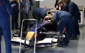 F1: Toro Rosso estréia carro em Jerez