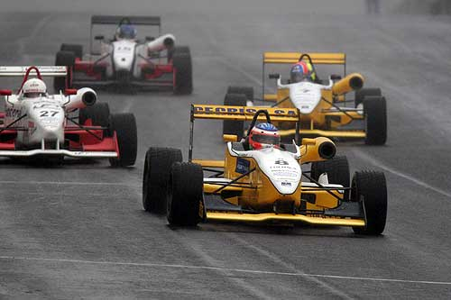 F3: Lu Boesel recupera uma posição no campeonato