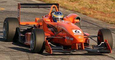 F3: Nelson Merlo chega em terceiro e sobe na classificação