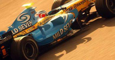 F1: Nelsinho Piquet completa três dias de testes em Barcelona