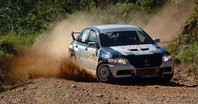 Rally: Osvaldo Scheer corre com Sidinei Broering no Rally de Volta Redonda.
