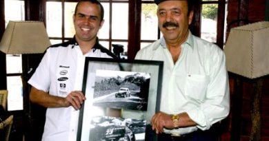 Stock: Altair Barranco é homenageado por Duda Pamplona