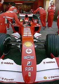 F1: Valentino Rossi fará mais testes com a Ferrari