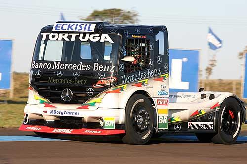 Truck: Cirino quebra motor no warm-up; Renato Martins é o mais rápido