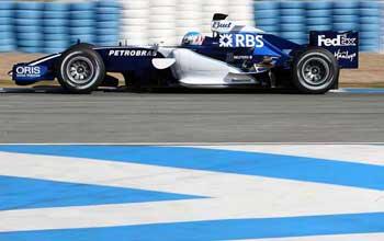 F1: Pilotos de testes dominam primeiro dia em Nurburgring
