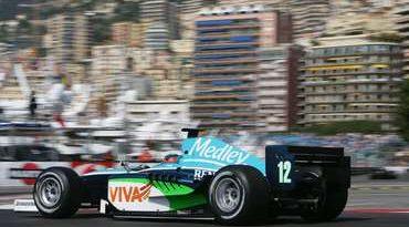 GP2 Series: Verão chega antes na Inglaterra e surpreende Xandinho