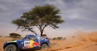 Rali-Dakar: Carlos Sainz vence nos carros e Volkswagen domina