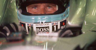F1: Hakkinen não se arrepende de testes