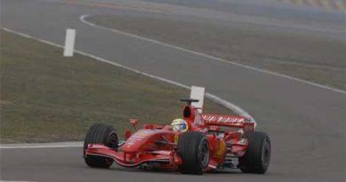 F1: Ferrari F2007 faz primeiros testes em Fiorano