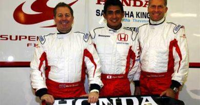 F1: Suzuki, Brundle e Danner andam no Super-Aguri em Silverstone